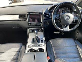 2013 Volkswagen Touareg 7P MY13 V8 TDI Tiptronic 4MOTION R-Line White 8 Speed Sports Automatic Wagon