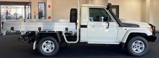 2018 Toyota Landcruiser VDJ79R GXL White 5 Speed Manual Cab Chassis.