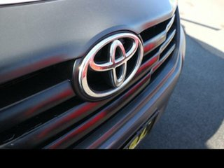 2013 Toyota Hilux TGN16R MY14 Workmate 5 Speed Manual Cab Chassis