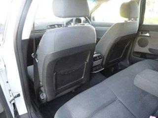 2006 Holden Berlina VE White Automatic Sedan