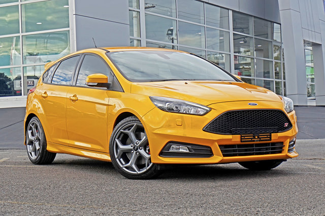 Used Ford Focus LZ ST Springwood, 2017 Ford Focus LZ ST Yellow 6 Speed Manual Hatchback