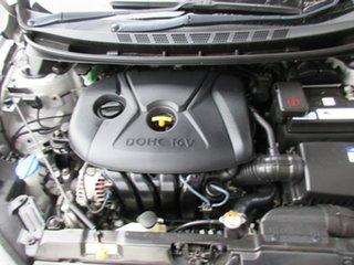 2014 Hyundai Elantra MD3 SE Silver 6 Speed Sports Automatic Sedan