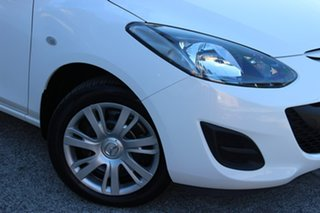 2011 Mazda 2 DE10Y1 MY10 Neo White 4 Speed Automatic Hatchback.