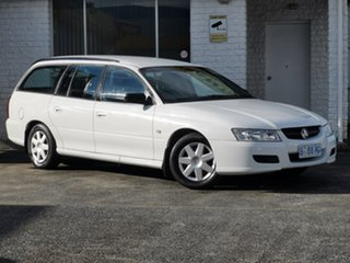 2006 Holden Commodore VZ MY06 Executive Heron White 4 Speed Automatic Wagon.
