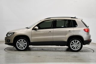 2011 Volkswagen Tiguan 5N MY12 103TDI DSG 4MOTION Titanium Beige Metallic 7 Speed.