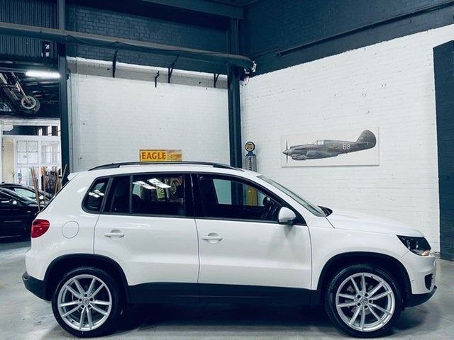 Used Volkswagen Tiguan 5N MY12.5 155TSI DSG 4MOTION Port Melbourne, 2012 Volkswagen Tiguan 5N MY12.5 155TSI DSG 4MOTION White 7 Speed Sports Automatic Dual Clutch Wagon