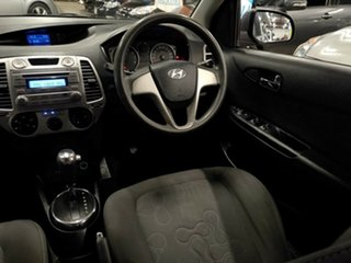 2012 Hyundai i20 PB MY13 Active Metallic Grey & Red 4 Speed Automatic Hatchback