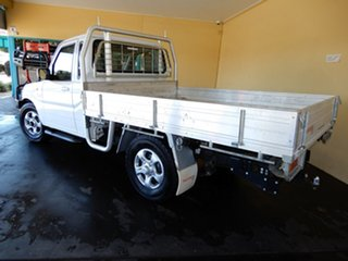 2014 Mahindra Pik-Up S5 11 Upgrade (4x4) White 5 Speed Manual Cab Chassis.