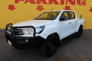 2015 Toyota Hilux White 6 Speed Manual Dual Cab