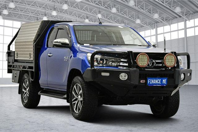Used Toyota Hilux GUN126R SR5 Extra Cab Victoria Park, 2015 Toyota Hilux GUN126R SR5 Extra Cab Blue 6 Speed Manual Utility