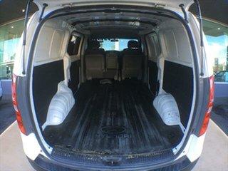 2017 Hyundai iLOAD TQ3-V Series II MY18 Creamy White 5 Speed Automatic Van