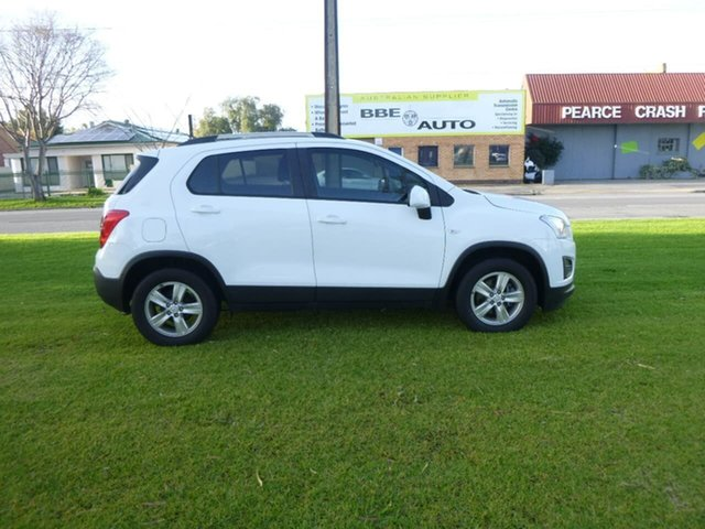 Used Holden Trax TJ LS Beverley, 2014 Holden Trax TJ LS White Manual Wagon