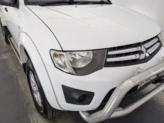 2013 Mitsubishi Triton MN MY14 GLX Club Cab White 5 Speed Manual Utility.