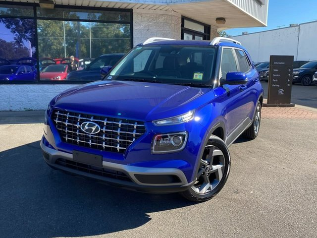 Demo Hyundai Venue QX.V3 MY21 Elite Penrith, 2021 Hyundai Venue QX.V3 MY21 Elite Intense Blue & Black Roof 6 Speed Automatic Wagon