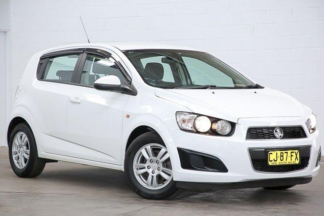 Used Holden Barina TM MY16 CD Erina, 2016 Holden Barina TM MY16 CD White 6 Speed Automatic Hatchback