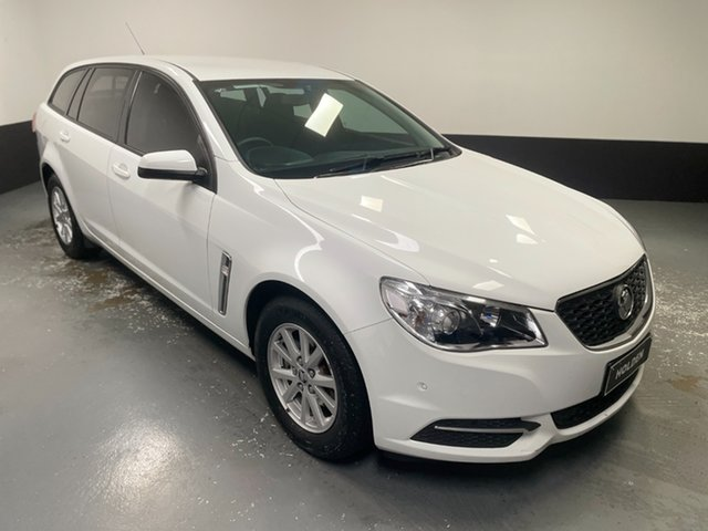Used Holden Commodore VF II MY17 Evoke Sportwagon Hamilton, 2017 Holden Commodore VF II MY17 Evoke Sportwagon White 6 Speed Sports Automatic Wagon