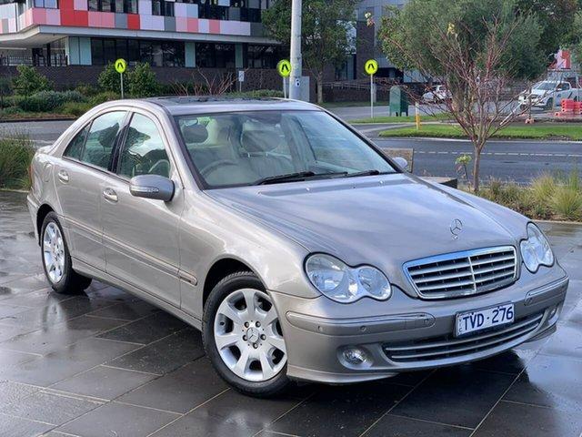 Used Mercedes-Benz C-Class W203 MY2006 C200 Kompressor Elegance South Melbourne, 2005 Mercedes-Benz C-Class W203 MY2006 C200 Kompressor Elegance Gold 5 Speed Sports Automatic Sedan