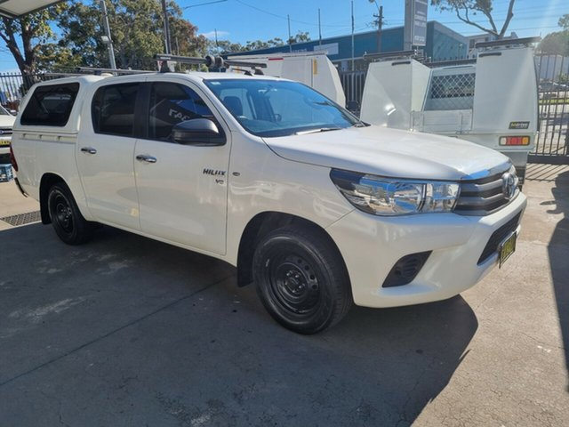 Used Toyota Hilux GGN120R SR Bankstown, 2016 Toyota Hilux GGN120R SR White 6 Speed Automatic Dual Cab Utility