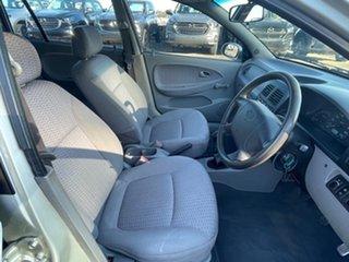 2000 Kia Rio LS Silver 5 Speed Manual Hatchback