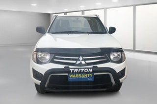 2010 Mitsubishi Triton MN MY10 GLX White 5 Speed Manual Cab Chassis.