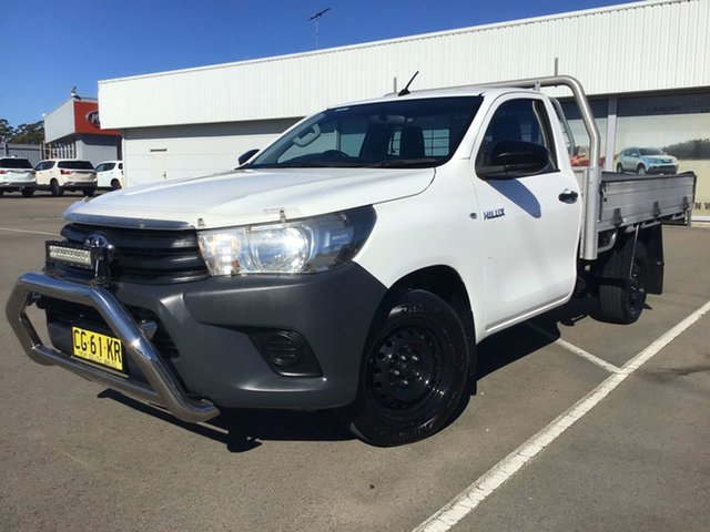 Used Toyota Hilux TGN121R Workmate 4x2 Cardiff, 2015 Toyota Hilux TGN121R Workmate 4x2 White 6 Speed Sports Automatic Cab Chassis
