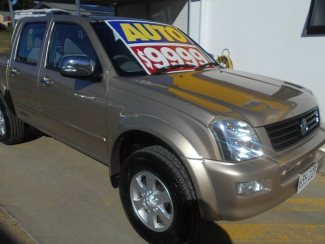 Used Holden Rodeo RA MY06 LT Crew Cab 4x2 Springwood, 2006 Holden Rodeo RA MY06 LT Crew Cab 4x2 Gold 4 Speed Automatic Utility
