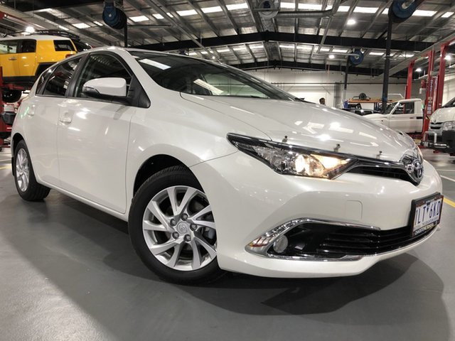 Pre-Owned Toyota Corolla ZRE182R MY17 Ascent Sport Oakleigh, 2017 Toyota Corolla ZRE182R MY17 Ascent Sport Crystal Pearl 7 Speed CVT Auto Sequential Hatchback