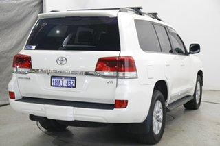 2020 Toyota Landcruiser VDJ200R Sahara White 6 Speed Sports Automatic Wagon.