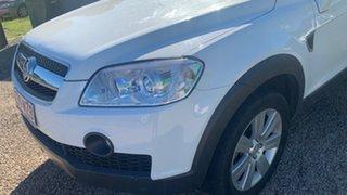 2010 Holden Captiva LX White 5 Speed Automatic Wagon.