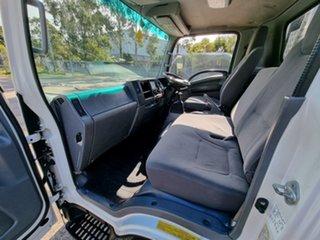 2014 Isuzu NPR 275 Cab Chassis White Tabletop 5.2l