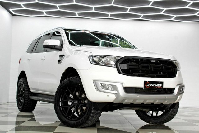 Used Ford Everest UA MY18 Trend (RWD) Burleigh Heads, 2018 Ford Everest UA MY18 Trend (RWD) White 6 Speed Automatic SUV