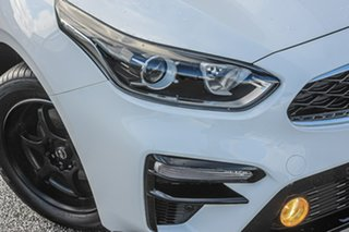 2021 Kia Cerato BD MY21 S White 6 Speed Sports Automatic Hatchback.