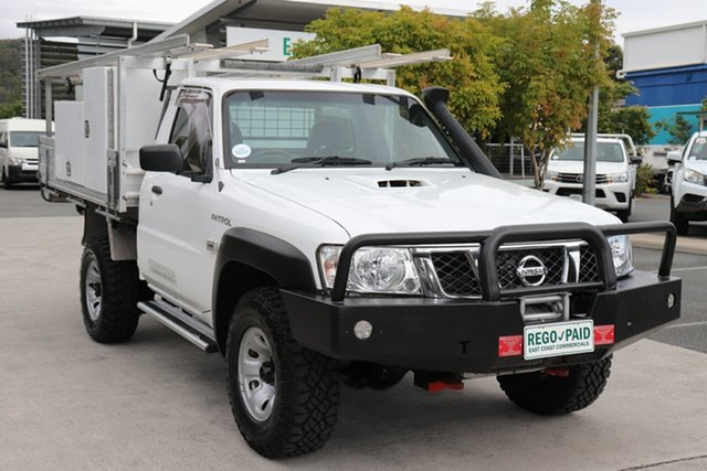 Used Nissan Patrol Y61 Series 5 MY15 DX Robina, 2016 Nissan Patrol Y61 Series 5 MY15 DX White 5 speed Manual Cab Chassis