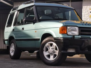 1998 Land Rover Discovery S Green 4 Speed Automatic Wagon.