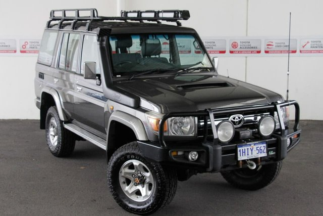 Pre-Owned Toyota Landcruiser VDJ76R 09 Upgrade GXL (4x4) Rockingham, 2009 Toyota Landcruiser VDJ76R 09 Upgrade GXL (4x4) Graphite 5 Speed Manual Wagon