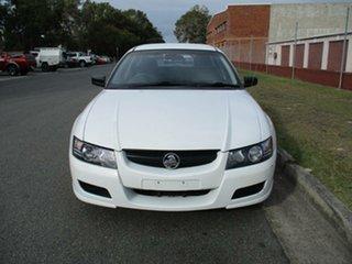 2004 Holden Ute VZ S White 6 Speed Manual Utility.