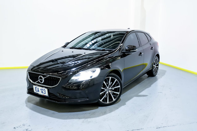 Used Volvo V40 M Series MY17 D2 Adap Geartronic Momentum Canning Vale, 2017 Volvo V40 M Series MY17 D2 Adap Geartronic Momentum Black 6 Speed Sports Automatic Hatchback