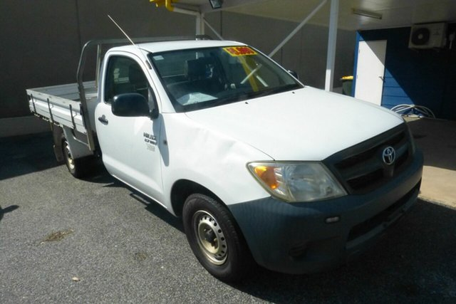 Used Toyota Hilux TGN16R MY07 Workmate 4x2 Gladstone, 2006 Toyota Hilux TGN16R MY07 Workmate 4x2 White 5 Speed Manual Cab Chassis