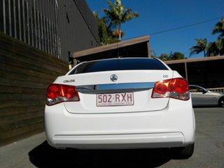 2011 Holden Cruze JH Series II MY11 CD White 5 Speed Manual Sedan