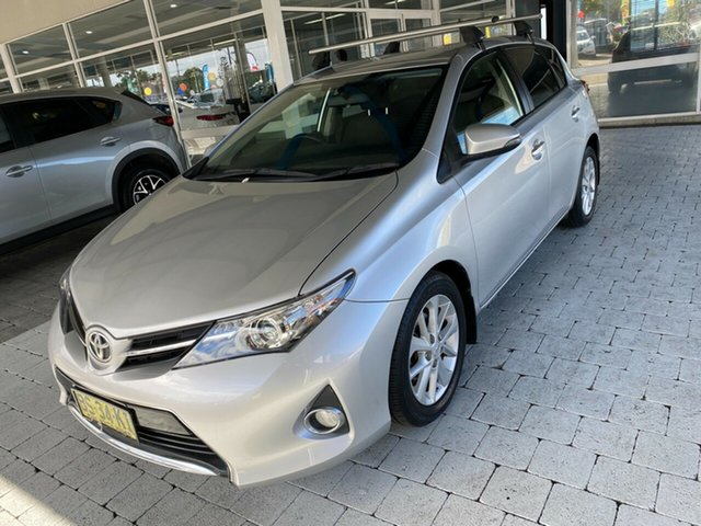 Used Toyota Corolla ZRE182R Ascent Taree, 2013 Toyota Corolla ZRE182R Ascent Silver 7 Speed Constant Variable Hatchback