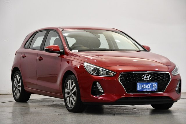 Used Hyundai i30 PD MY18 Active Victoria Park, 2017 Hyundai i30 PD MY18 Active Burgundy 6 Speed Sports Automatic Hatchback