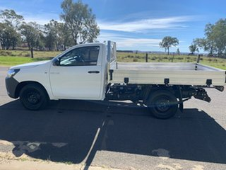 2017 Toyota Hilux GUN122R MY17 Workmate Glacier White 5 Speed Manual Cab Chassis
