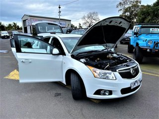 2013 Holden Cruze JH Series II MY13 Equipe White 6 Speed Sports Automatic Hatchback