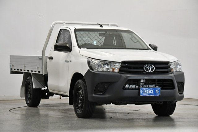 Used Toyota Hilux TGN121R Workmate 4x2 Victoria Park, 2017 Toyota Hilux TGN121R Workmate 4x2 White 6 Speed Sports Automatic Cab Chassis