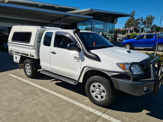 Used Toyota Hilux KUN26R MY05 SR Xtra Cab Yamanto, 2005 Toyota Hilux KUN26R MY05 SR Xtra Cab White 5 Speed Manual Cab Chassis