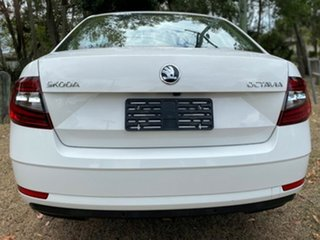 2019 Skoda Octavia NE MY19 110TSI Sedan DSG Candy White 7 Speed Sports Automatic Dual Clutch.