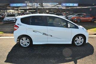 2012 Honda Jazz GE MY12 Vibe-S White 5 Speed Automatic Hatchback.