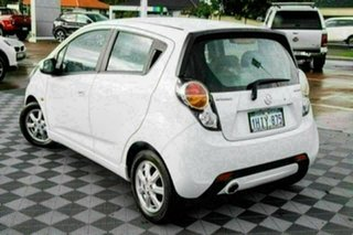 2011 Holden Barina Spark MJ MY11 CD White 5 Speed Manual Hatchback.