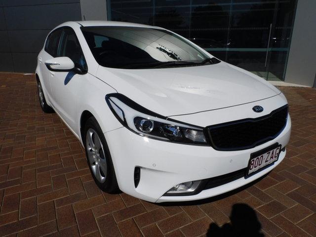 Used Kia Cerato YD MY18 S Toowoomba, 2018 Kia Cerato YD MY18 S White 6 Speed Sports Automatic Hatchback