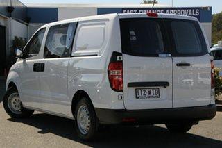 2015 Hyundai iLOAD TQ3-V Series II MY16 Crew Cab Creamy White 5 Speed Automatic Van.